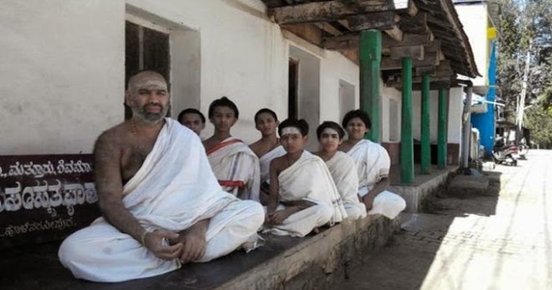 unique-village-of-india-every-villager-speak-in-sanskrit1